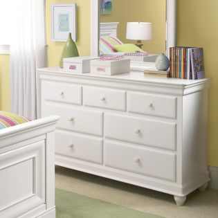 Classics 131A002  Drawer Dresser