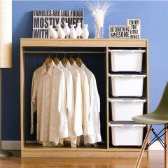 MC-04-White  Closet
