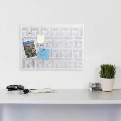 470790-660 Trigon-White Bulletin Board