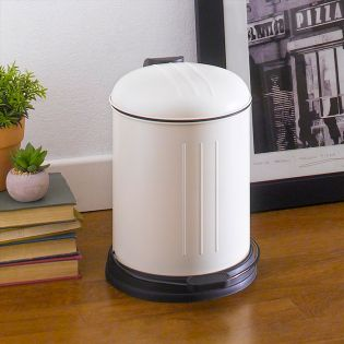 A-10106P-5L-CREAM  Round Retro Trash Can
