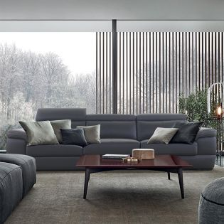 M8025 4-Seater Leather Sofa