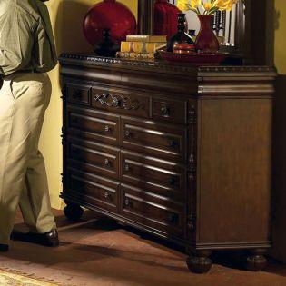 B515  Dresser